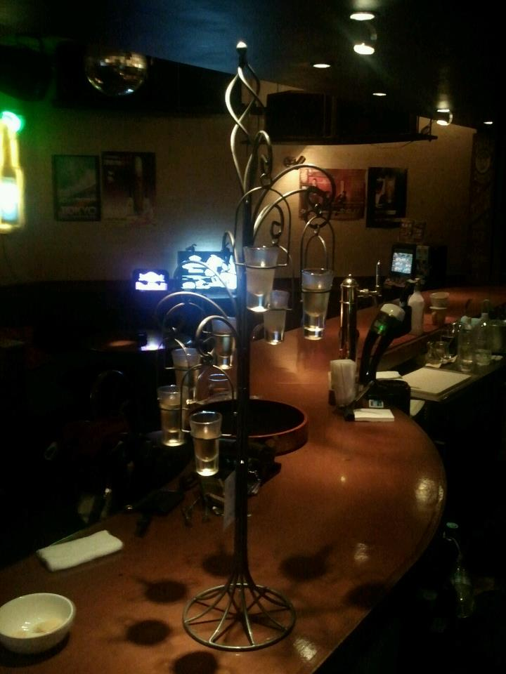Dining bar & darts TIDA 2